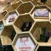"""Galleria """"Il meraviglioso mondo delle api"""": in visita al grande alveare creato per Bergamo Scienza"""